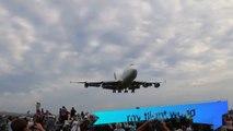 Boeing 747 landing at a regional airport - Qantas VH-OJA landing in Wollongong
