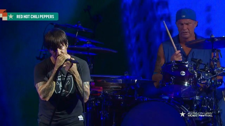 Red Hot Chili Peppers - Wet Sand (Austin City Limits 2017) [HD]