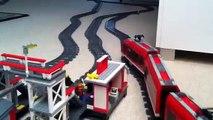 Et gros pont personnalisé pied mise en page gare piste piste Entrainer avec monorail de puissance 7 lego