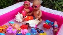 Bébé poupée flotteur géant gonflable porc piscine éclaboussures la natation jouets jumeaux avec Peppa doc mc