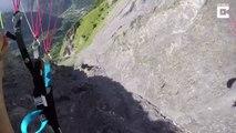 Il manque de s'empaler sur une montagne en parapente dans les Alpes !!