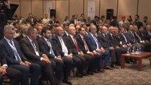 Bakan Özlü ve Elvan Ar-Ge ve İnovasyon Zirvesine Katıldı