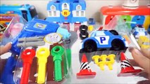 Jouets робокар поли Robo Car la structure poly tenue, siège poly attraper un Robocar jouet Headquater poli playset 变形 警车 珀利 玩具 flops