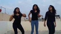 Komedi dans üçlüsü kızlardan harika gösteri