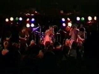 Vidéo Born from Pain (Syracuse 24 juillet 1994) de Earth Crisis