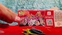 Noir Oeuf doigts des jeux joie planche à roulette planche à roulettes noire surprise, kinder ff557b