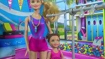 Ré fr dans jouets de filature de poutre déquilibre de gymnastique barbie entraîneur de poupée