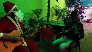 Santa Sings Bollywood Songs at Nukkad Cafe New record music song Bollywood