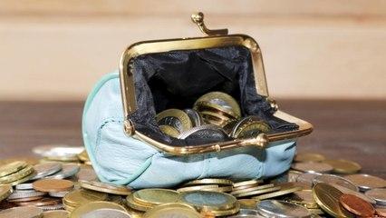 Вот как нужно хранить деньги в кошельке, чтобы их было еще больше!