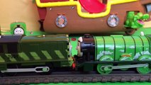 Thomas & Friends Minis Pirate Treasure Hunt - Worlds Strongest Engine Thomas the Tank Engine