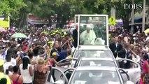Accident de Papamobile : le Pape François, blessé, garde le sens de l'humour