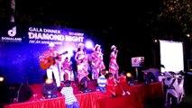 CAN TAKE MY EYES OFF U- FLASHLIGHT Ban nhạc Flamenco Tumbadora Biểu diễn DONALAND