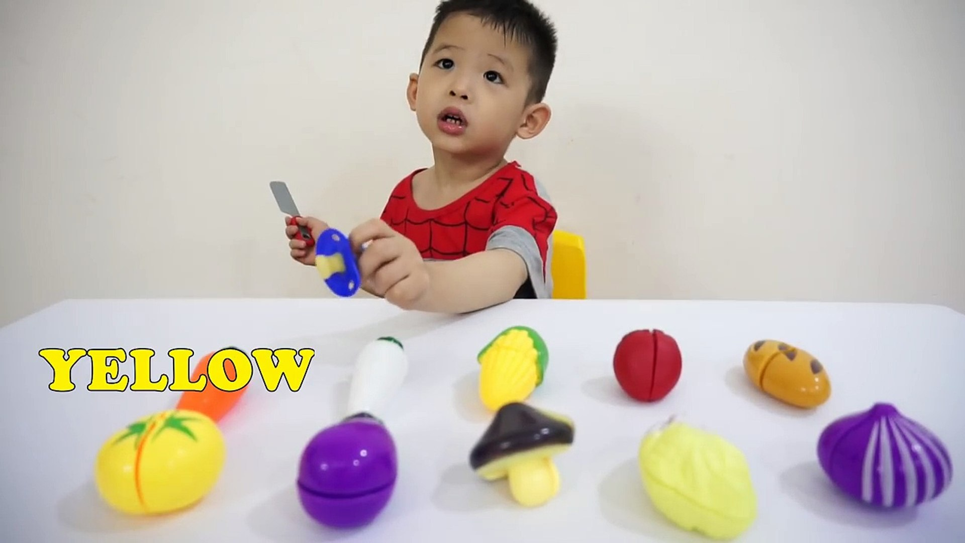 Bad kid learn colors with cutting vegetables for children, toddlers and babies-Kids education video