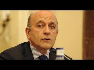 José Antonio Zarzalejos, autor de 'Mañana será tarde'. 27-5-2015