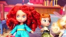 Un et un à un un à un à comme brute par par déguisements poupées mal se reine neige histoires professeur le le le le la à Il blanc avec
