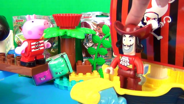 Nick Jr. PEPPA PIG Pirate Ship Construction Set, George, Treasure Hunt Toy Surprises / TUYC