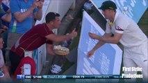 Ce joueur de Cricket mange avec les supporters en plein match !!
