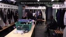 Dans la peau d'un zèbre, une semaine avec le Sporting de Charleroi : dans le vestiaire