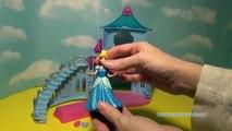 Château fête Cendrillon poupées Conte de fée gelé reine MagiClip garde royale disney Prin