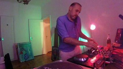 Guga Roselli DJ Set - Quarto/Fresta