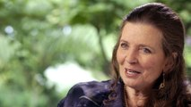 Johnny Cash's Daughter Reflects On What June Carter Was Like as a Stepmother