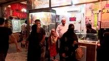 En Irak, les pèlerins reviennent de Najaf bagues aux doigts