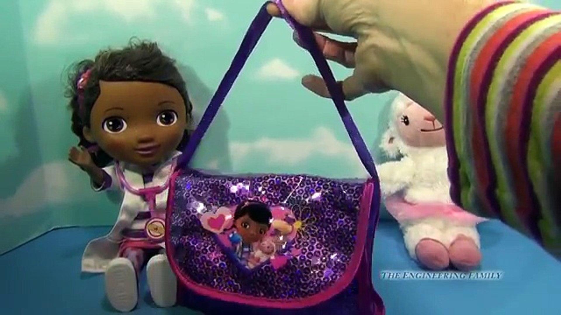 DOC MCSTUFFINS Disney Junior Doc On Call Accessory Kit Disney Junior Doc McStuffins Playset