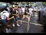 Hong Kong students vs cops: Occupy Central protesters pepper sprayed