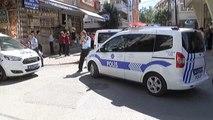Aracında Uyuşturucu Çıkan Şahıs Polisten Kaçarken Ortalığı Savaş Alanına Çevirdi