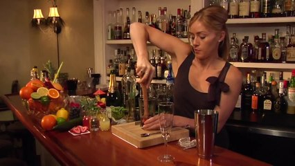 Bond St. Sparkler Cocktail - The Proper Pour with Charlotte Voisey - Small Screen