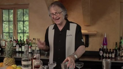 Apricot Lady Cocktail - Egg Whites in Cocktails - The Cocktail Spirit with Robert Hess