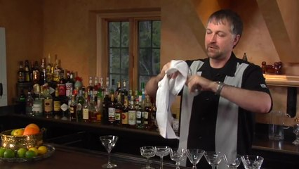 How to Make a Seelbach Cocktail - The Cocktail Spirit with Robert Hess - Small Screen