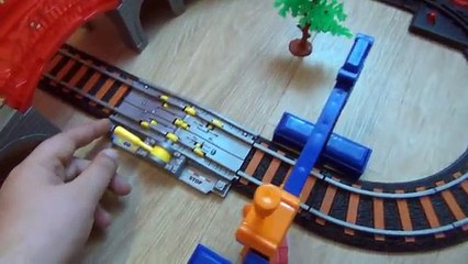 Игрушечная железная дорога - Лучший подарок - Toy train - The best gift for your child