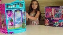 Barbie Rock n Royals Acampamento Pop - Transforming Stage Play Set