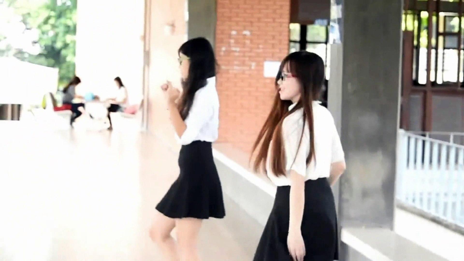 Chinese girls dancing on indian song beautiful girls performing beautiful dance