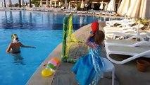 Et bébé des ballons les couleurs la famille doigt Apprendre en jouant chanson tout petit eau Popping  