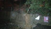 Sarıyer'de Sokaklar Göle Döndü, Evleri Su Bastı, Araçlar Yola Saplandı 2