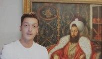 Mesut Özil'den büyük gaf