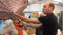 Un parapluie révolutionnaire à la foire-exposition