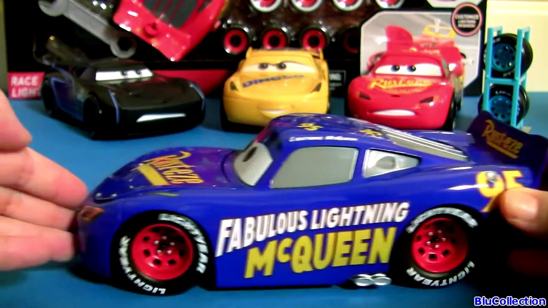 Dinoco Mcqueen Tire Rack With Cars 3 Fabulous Lightning Mcqueen