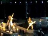 Tokio Hotel in Prag 3.4.2007 - Durch den Monsun
