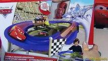 Pixar Cars 2 Disney De Double Carreras Stunt Superpista Racers DYE29eHWI