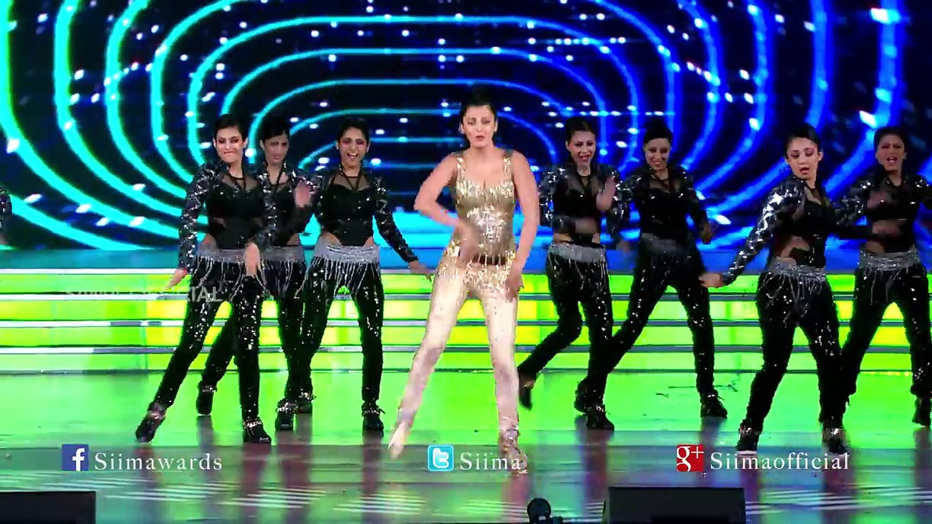 Shruti Hassan Sizzling Dance Performance-SIIMA 2015 Awards