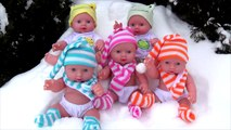 FIVE LITTLE BABIES Jumping on the Bed  Snow  - Jumping on the bed Nursery Rhyme Collection