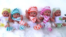 Lot Baby Jumping on the Bed  Snow  - 5 Little Babies Playing Jumping - Top Nursery Compilation