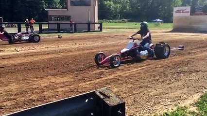 Matt Marcum's triple cylinder drag quad