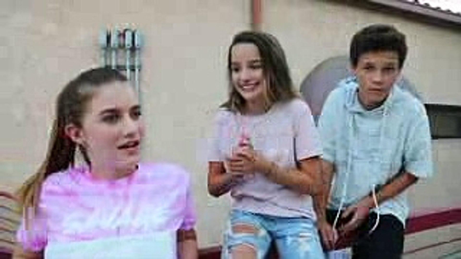 CHICKEN GIRLS  Episode 6 KISSING SCENE (Annie LeBlanc & Hayden Summerall) information