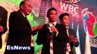 Srisaket Sor Rungvisai & Evander Holyfield Honored At WBC Convention-n_b2ws28akg