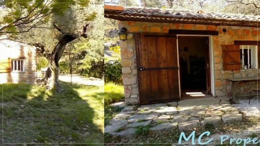 A vendre - Maison/villa - Callas (83830) - 1 pièce - 25m²