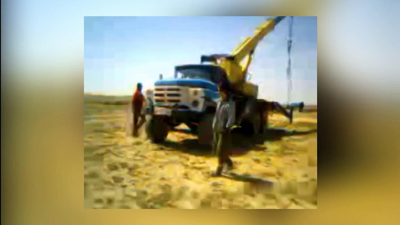 IDIOTS On Trucks 2 part | Compilation Videos Overloaded Trucks 2017 | Fails Trucks | Tipping Truck